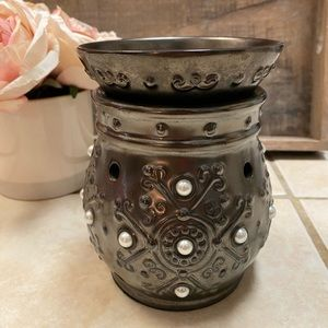 SCENTSY Margot Full Size Warmer Pearl Pewter Decor